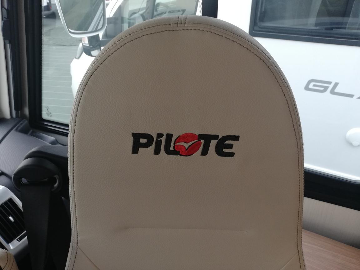 PILOTE G740 FC
